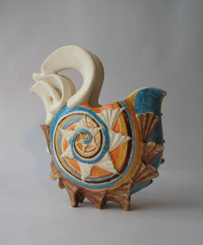 Seashell pitch by Anna Gusakova, ceramic on